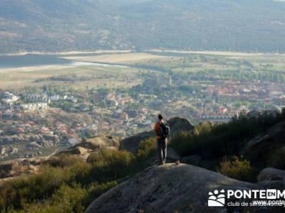 Castillo de Manzanares el Real - grupo senderista de madrid la pedriza; senderismo singles madrid